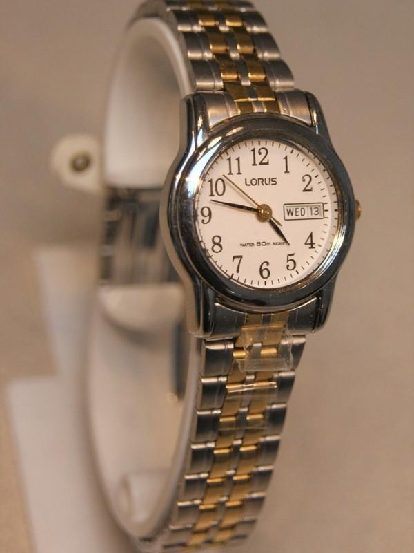 Lorus Quartz Staal Bicolour Bracelet Wit RXU11AX9