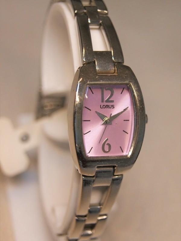 Lorus Quartz Staal Bracelet Paarsroze RRS65MX9