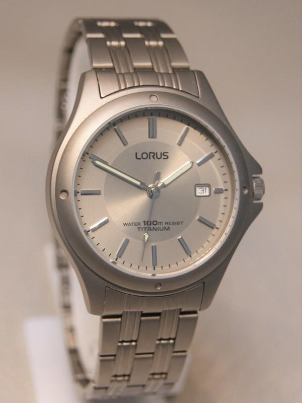 Lorus Quartz Titanium Bracelet Grijs RXD75EX9