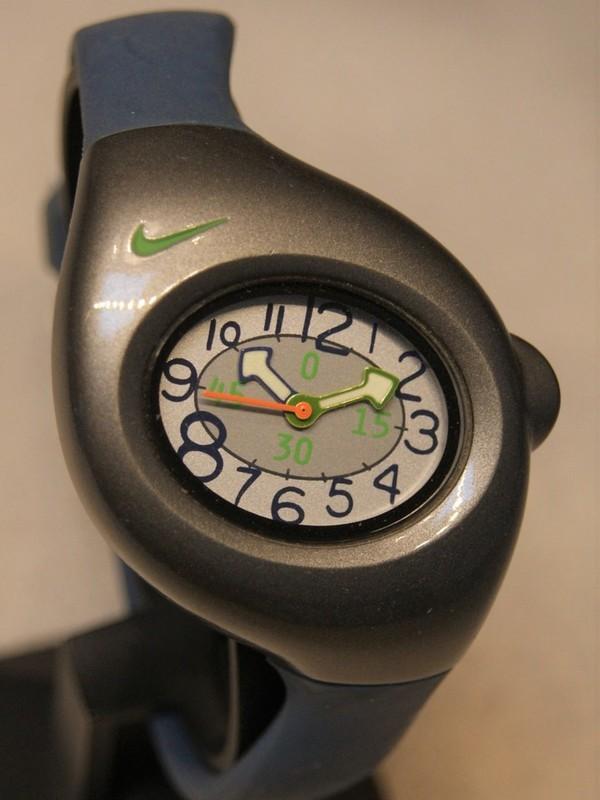 Nike Quartz Grijs SS Blauw Kunststof Grijs 157