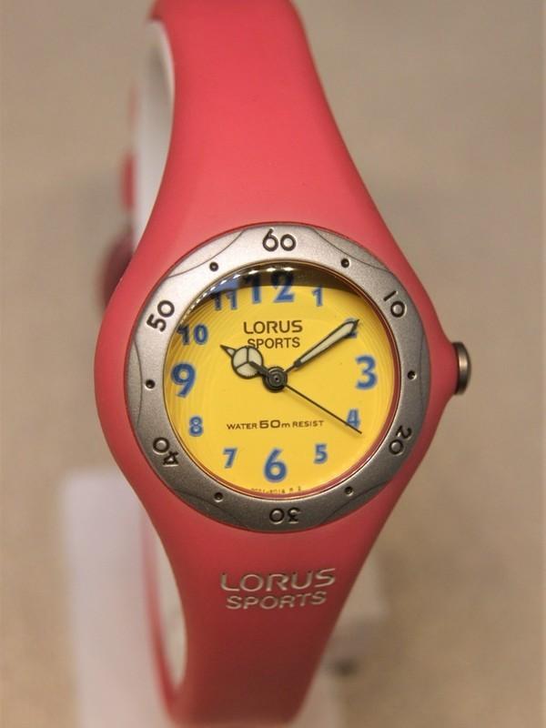 Lorus Sports Quartz Grijs Roze Kunststof Geel RG271AX9