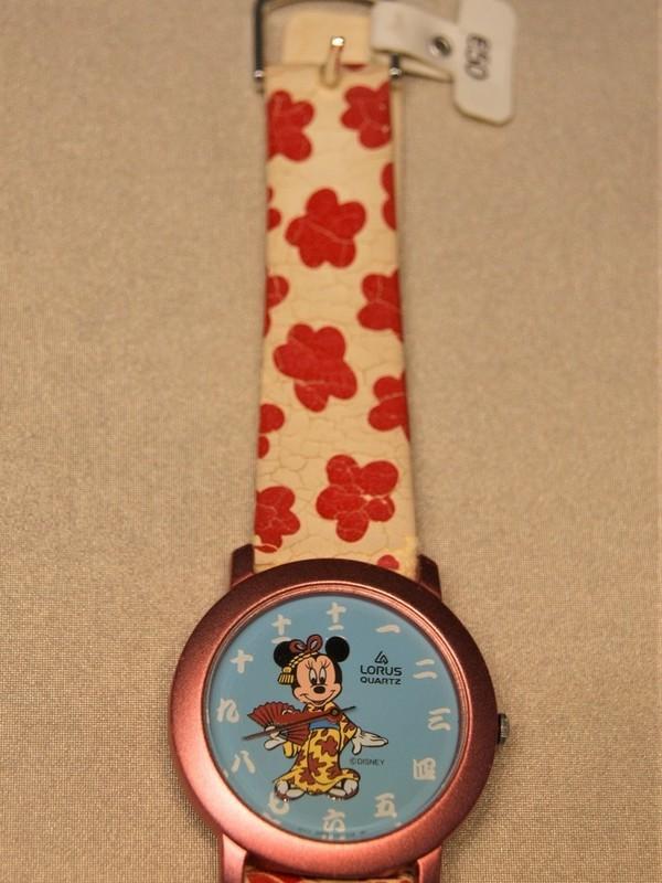 Lorus Disney Quartz Roze Wit-rood Leder Blauw RRS127