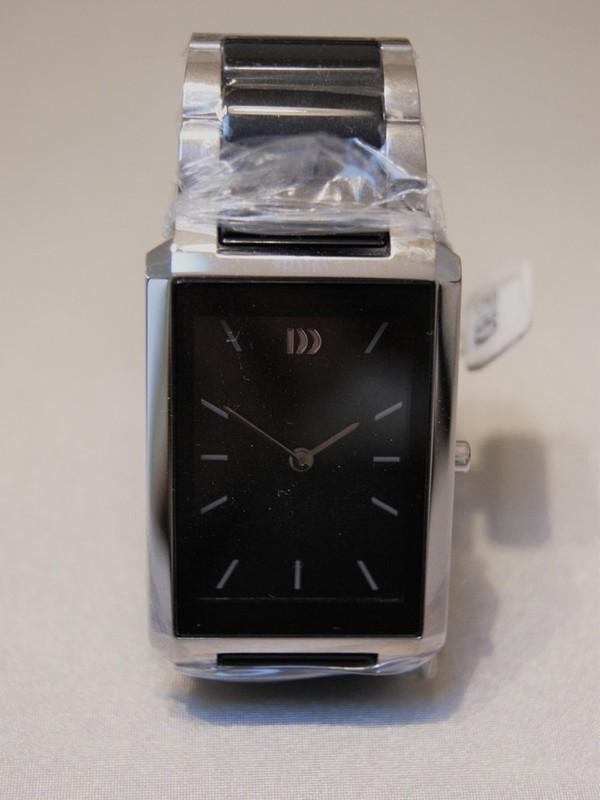 Danish Design Sapphire Crystal IV63Q970