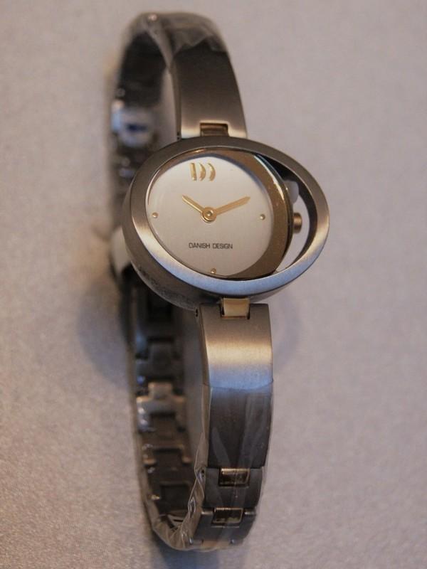 Danish Design Quartz Titanium Bicolour Bracelet Wit IV65Q940