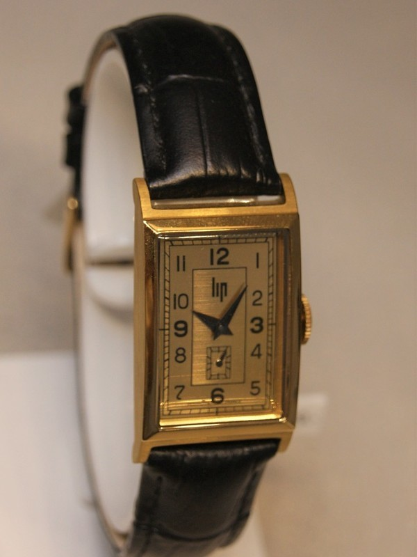 Lip Fred Lip 1935 Quartz Zwart Leder 67100