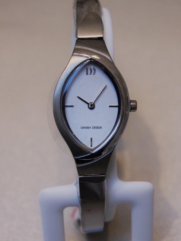 Danish Design Quartz Titanium Bracelet Wit IV62Q1228