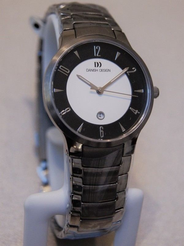Danish Design Titanium Sapphire IV64Q1018