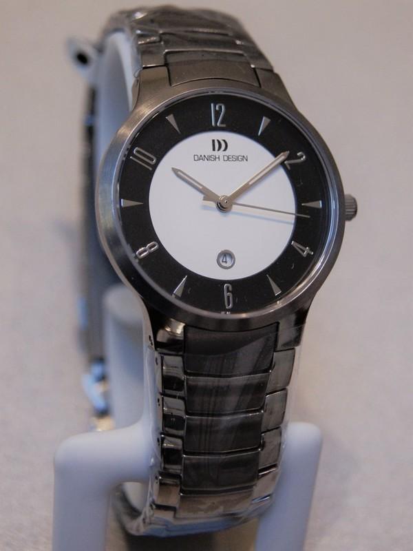 Danish Design Quartz Titanium Sapphire Bracelet Zwart-wit IV64Q1018