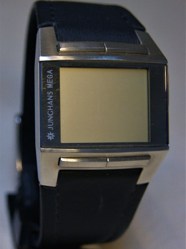 Junghans Mega Quartz Radio Sapphire Staal SS Zwart Leder Display M26/4510