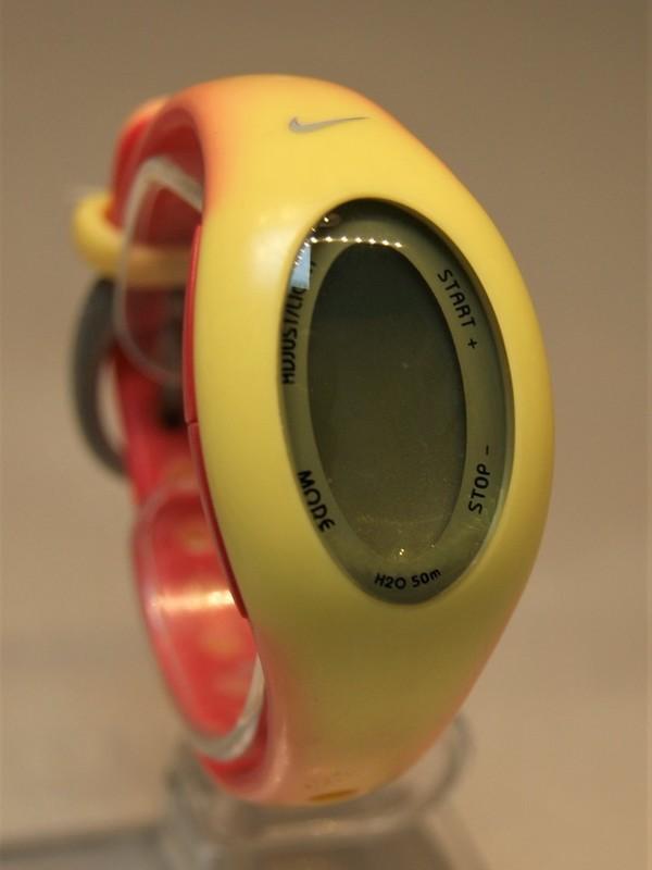 Nike Quartz Rood-geel SS Rood-geel Kunststof Display WK 0012
