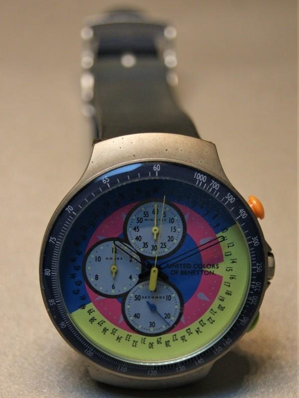 United Colors Of Benetton Quartz Chronograph Staal Grijs Kunststof Blauw-roze-geel 937.0008.00