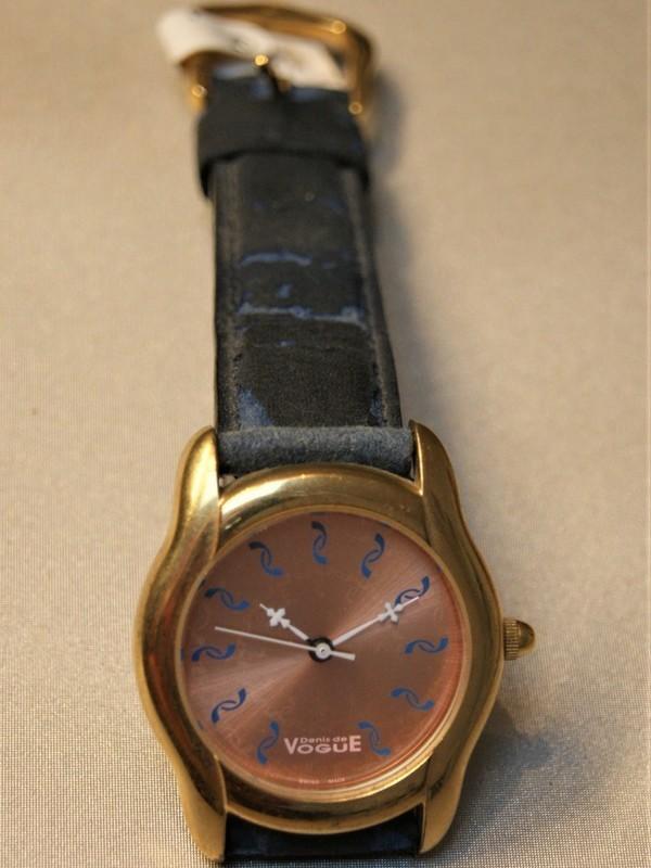 Vogue Denis de Vogue Quartz Plaqué Blauw Leder Rosé 5333.220