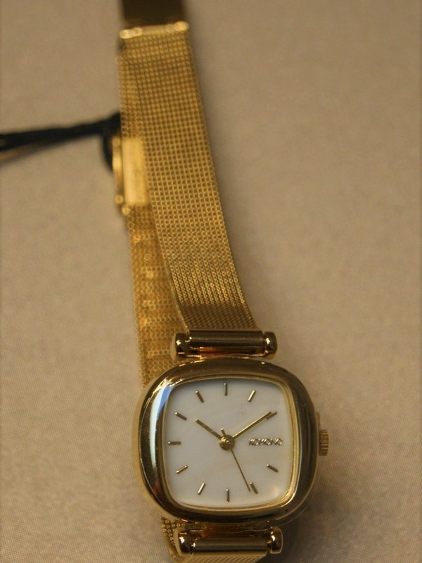 Komono Moneypenny Royale Quartz Plaqué Mesh Bracelet Wit