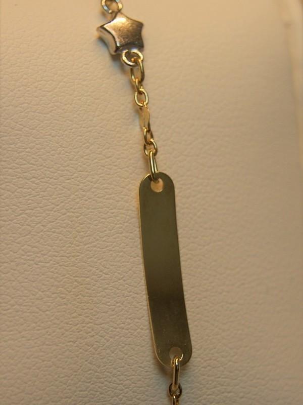 Gouden baby-armbandje met wit-gouden sterretje