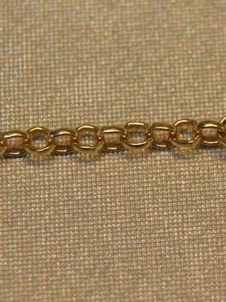 Gouden baby-armbandje met hartje en wit-gouden dolfijntje