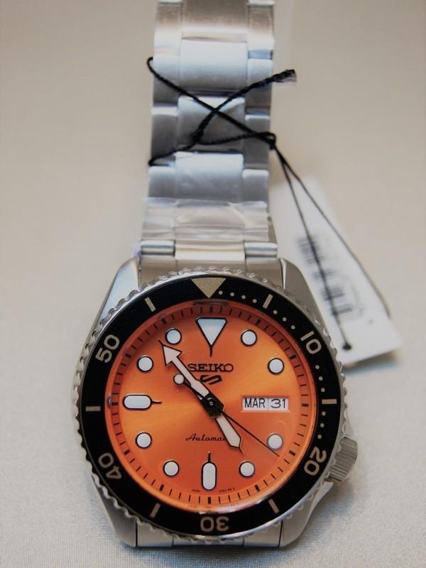 Seiko 5 Sports Automatic SS Bracelet Oranje SRPD59K1