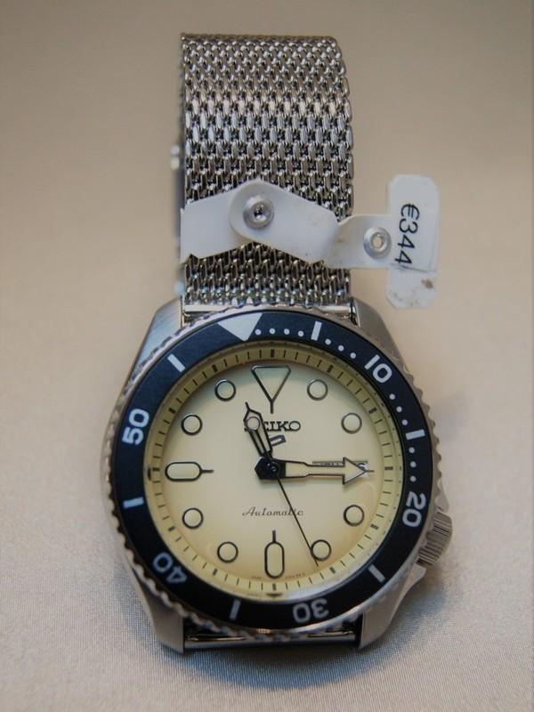 Seiko 5 Sports Automatic SS Mesh Bracelet Creme SRPD67K1
