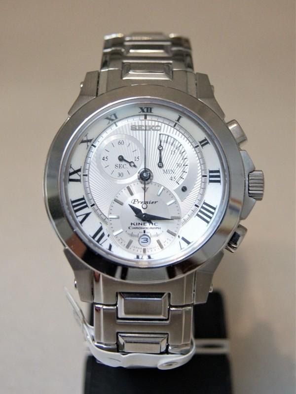 Seiko Premier Kinetic Sapphire Chronograph SS Bracelet Wit SNL039P1