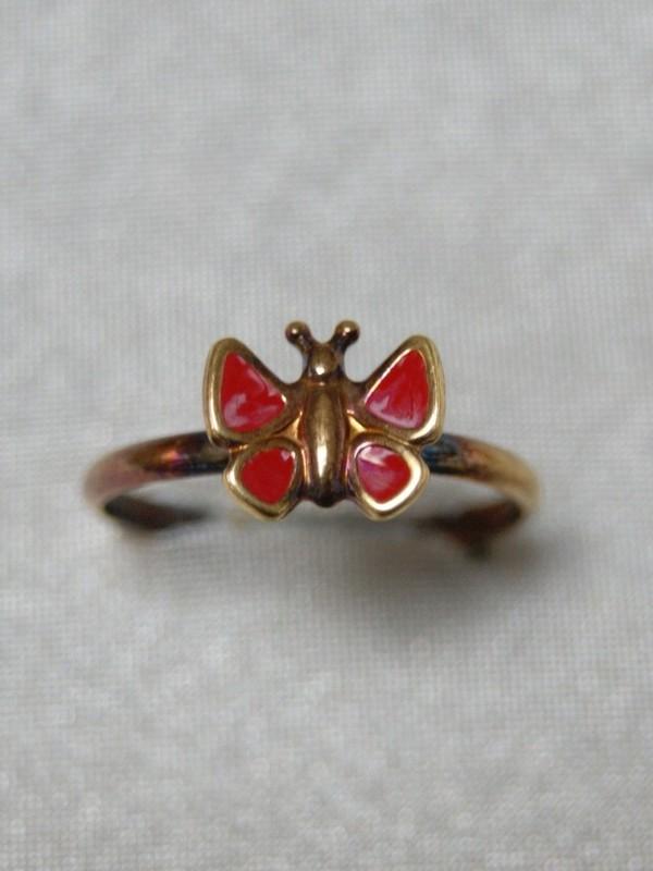 Gouden kinderring met vlinder