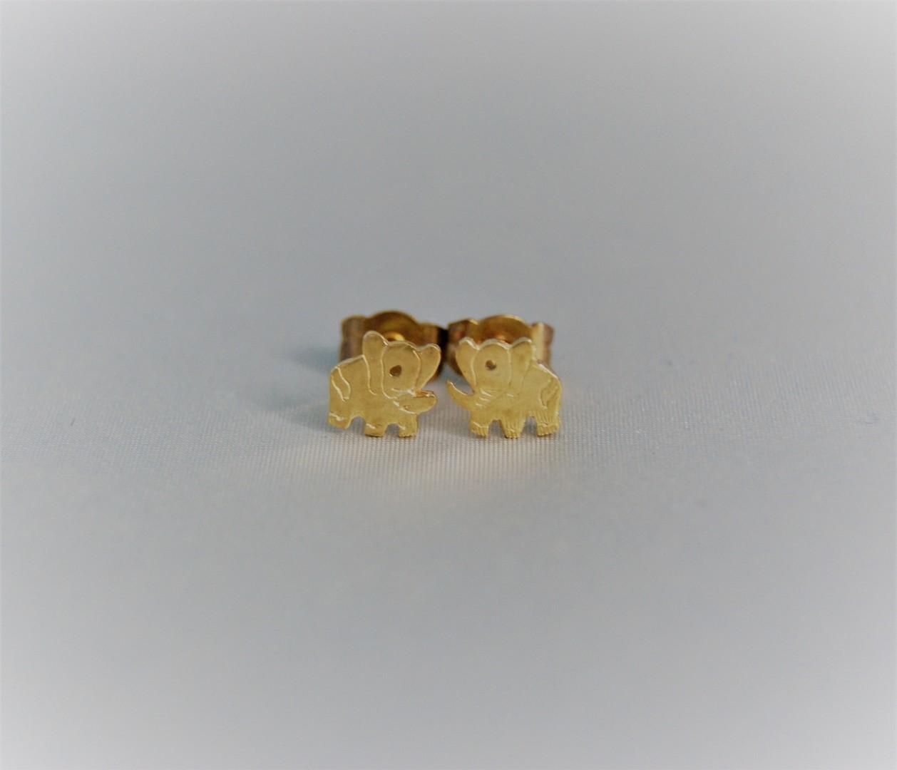 Gouden olifantjes oorringen 1