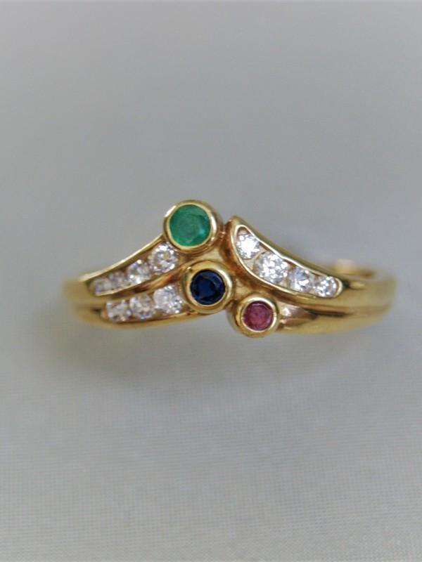 Gouden ring met zirconia, smaragd, saffier en robijn