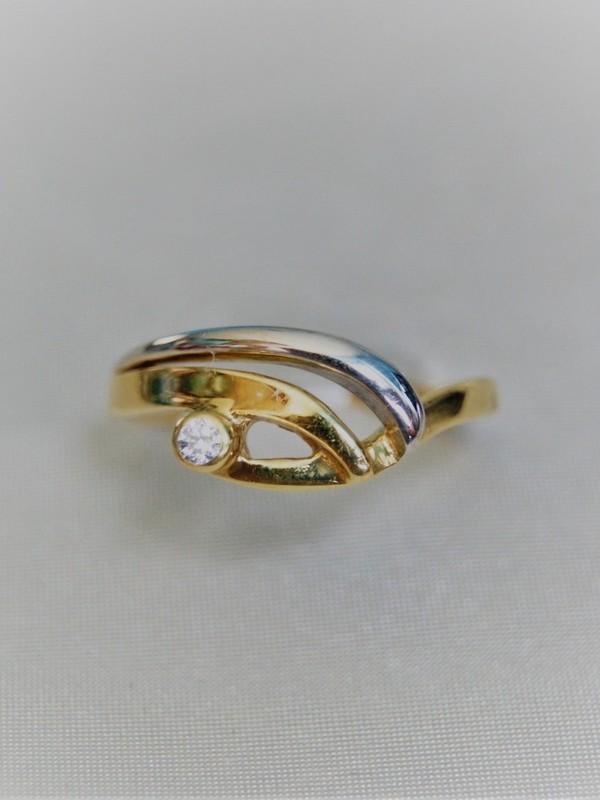 Gouden toi et moi ring met kastgezette zirconium