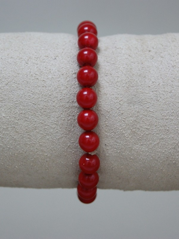 Armband met rode parels