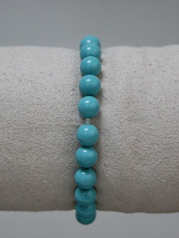 Armband met lichtblauwe parels