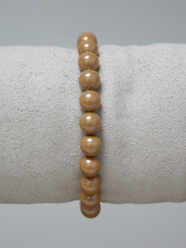 Armband met goudkleurige parels