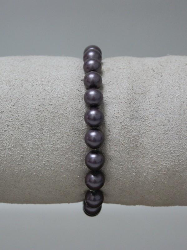 Armband met donker paarse parels