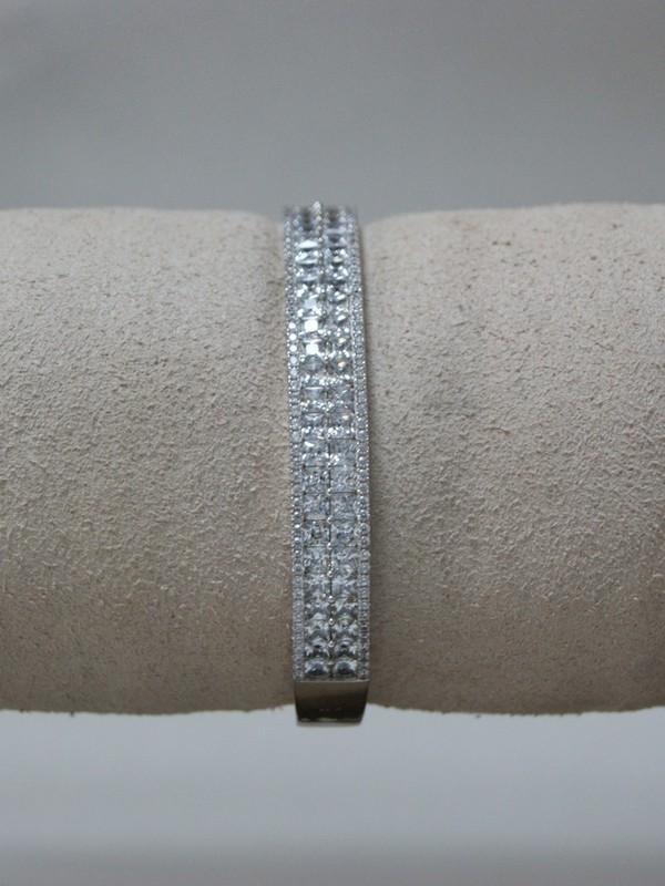 Zilveren armband met kanaalgezette zirconia