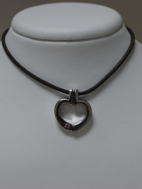 Collier met zilveren hanger met roze zirconium