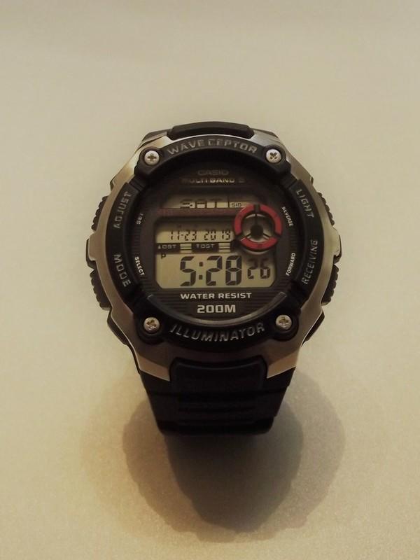 Casio Wave ceptor WV-200E Black-Red