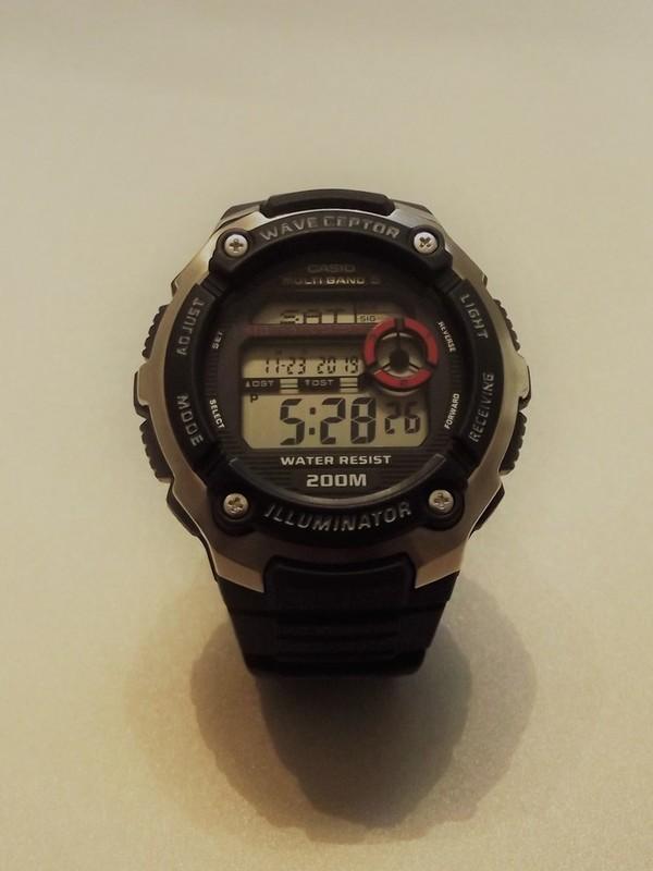 Casio Quartz Wave ceptor Zwart Kunststof Zwart-rood WV-200E