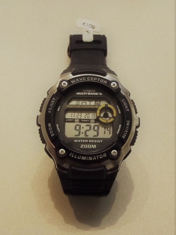 Casio Wave ceptor WV-200E Blue-Yellow