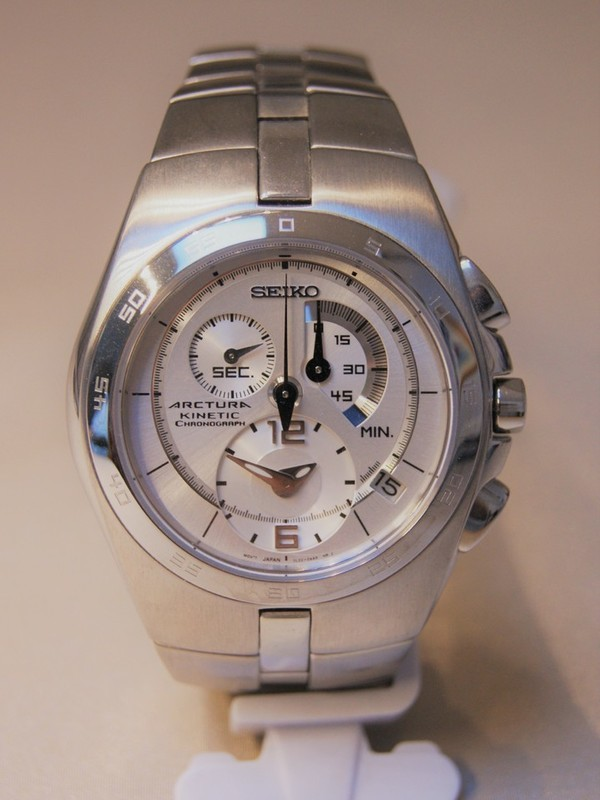 Seiko Arctura Kinetic Chronograph Staal Bracelet Wit SNL001P1