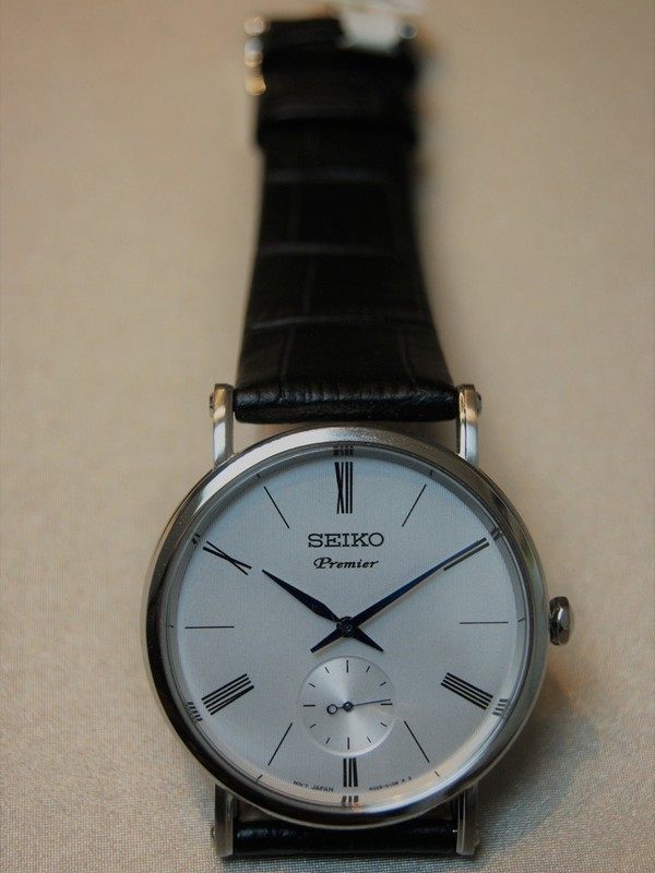 Seiko Premier Quartz Sapphire Zwart Leder Wit SRK035P1