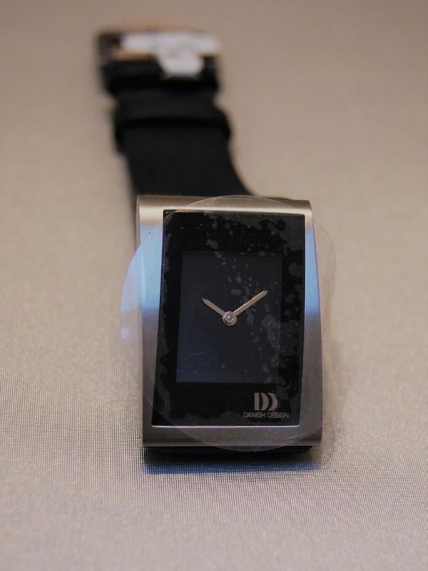 Danish Design Quartz Titanium Zwart Leder Zwart IV13Q836