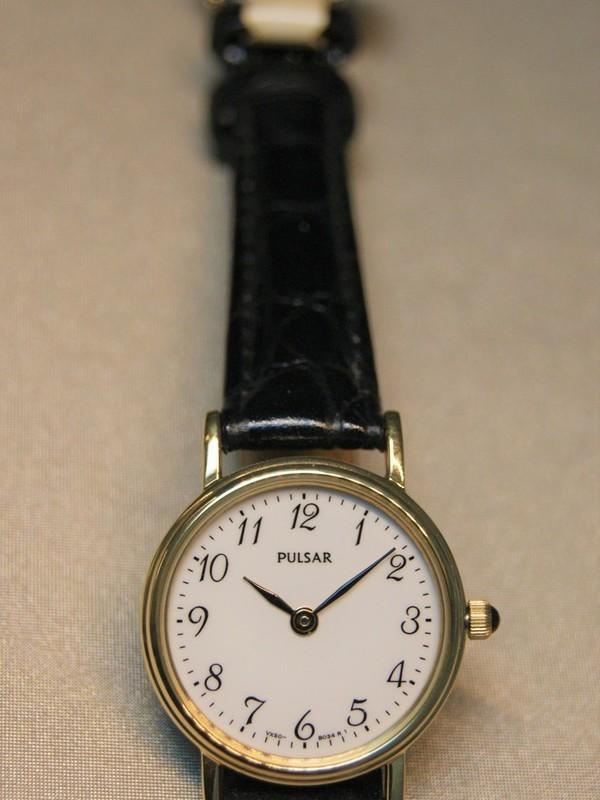 Pulsar Quartz Doublé SS Zwart Leder Wit PTA514X1