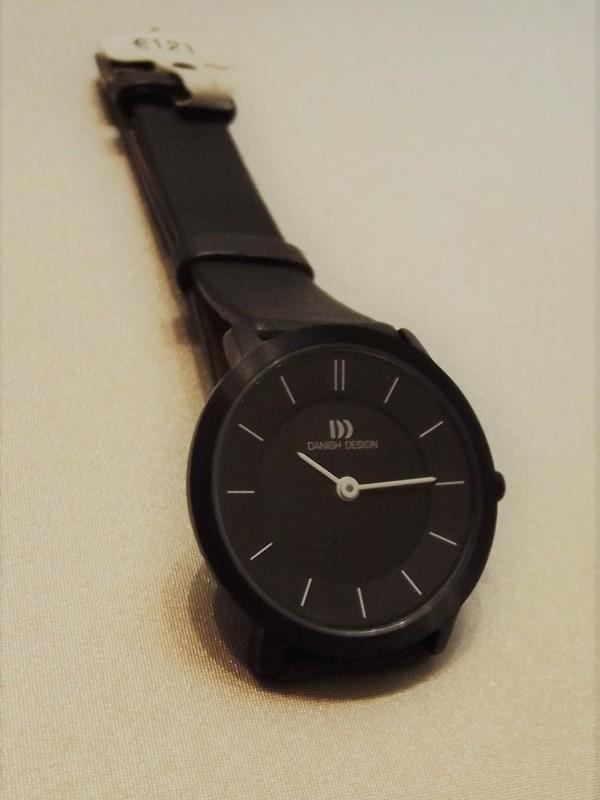 Danish Design Sapphire Titanium IV16Q585
