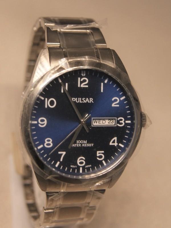 Pulsar Quartz Staal SS Bracelet Blauw PJ6061X1