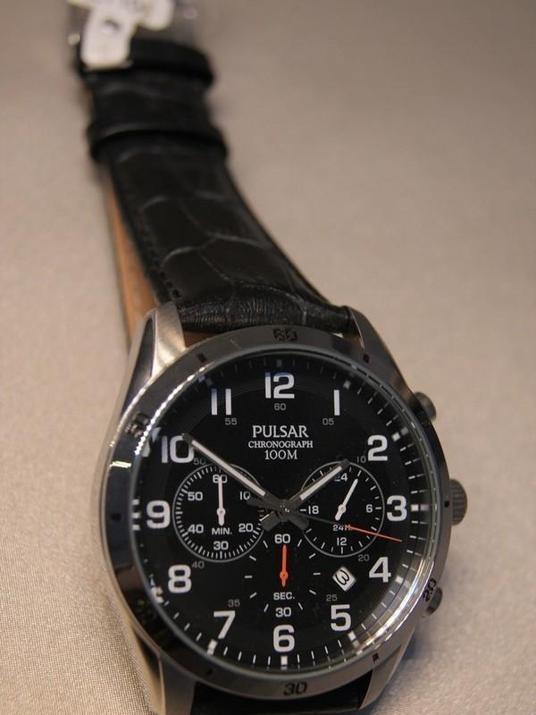 Pulsar Quartz Chronograph Staal SS Zwart Leder Zwart PT3833X1