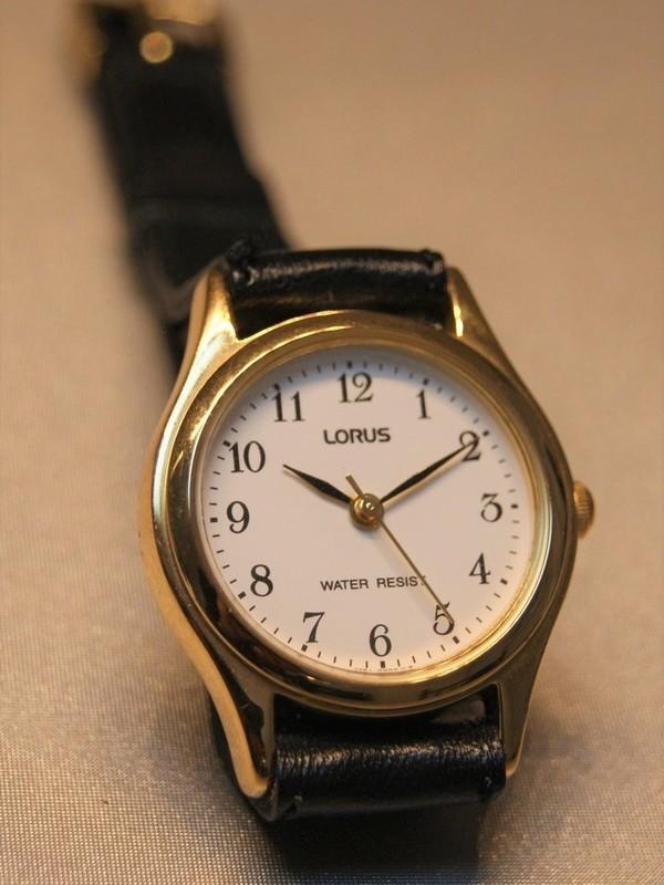 Lorus Quartz Doublé Zwart Leder Wit RH813AX9